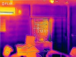 事務所サーモ画像02